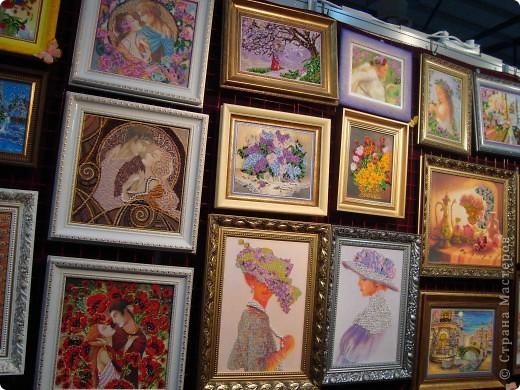 """25-27 февраля 2011 года в Киеве прошла III Международная выставка-ярмарка """"Золотые руки мастеров"""" и I Международный салон """"Модная кукла"""". Предлагаю Вам посмотреть некоторые работы, представленные на выставке.  фото 2"""