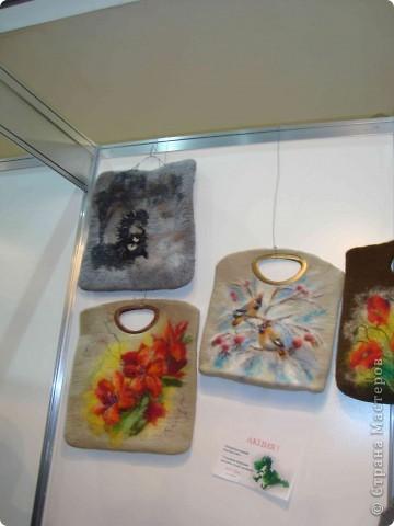 """25-27 февраля 2011 года в Киеве прошла III Международная выставка-ярмарка """"Золотые руки мастеров"""" и I Международный салон """"Модная кукла"""". Предлагаю Вам посмотреть некоторые работы, представленные на выставке.  фото 16"""