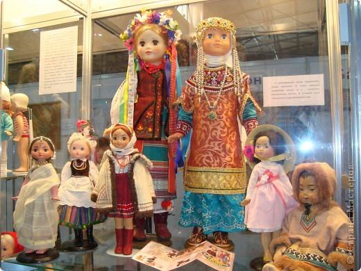 """25-27 февраля 2011 года в Киеве прошла III Международная выставка-ярмарка """"Золотые руки мастеров"""" и I Международный салон """"Модная кукла"""". Предлагаю Вам посмотреть некоторые работы, представленные на выставке.  фото 57"""