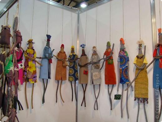 """25-27 февраля 2011 года в Киеве прошла III Международная выставка-ярмарка """"Золотые руки мастеров"""" и I Международный салон """"Модная кукла"""". Предлагаю Вам посмотреть некоторые работы, представленные на выставке.  фото 38"""