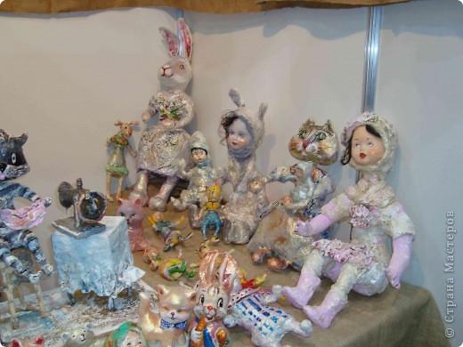 """25-27 февраля 2011 года в Киеве прошла III Международная выставка-ярмарка """"Золотые руки мастеров"""" и I Международный салон """"Модная кукла"""". Предлагаю Вам посмотреть некоторые работы, представленные на выставке.  фото 39"""