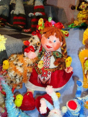 """25-27 февраля 2011 года в Киеве прошла III Международная выставка-ярмарка """"Золотые руки мастеров"""" и I Международный салон """"Модная кукла"""". Предлагаю Вам посмотреть некоторые работы, представленные на выставке.  фото 49"""
