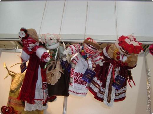 """25-27 февраля 2011 года в Киеве прошла III Международная выставка-ярмарка """"Золотые руки мастеров"""" и I Международный салон """"Модная кукла"""". Предлагаю Вам посмотреть некоторые работы, представленные на выставке.  фото 64"""