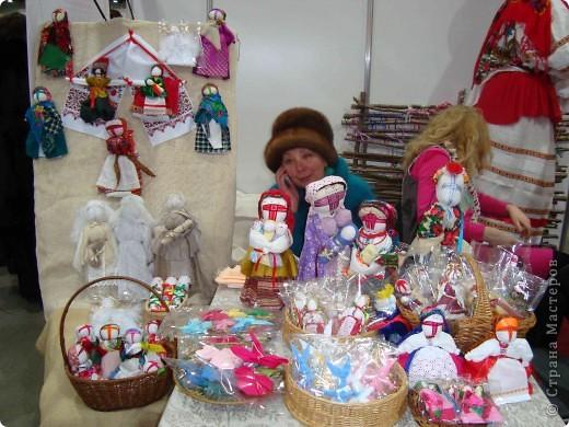 """25-27 февраля 2011 года в Киеве прошла III Международная выставка-ярмарка """"Золотые руки мастеров"""" и I Международный салон """"Модная кукла"""". Предлагаю Вам посмотреть некоторые работы, представленные на выставке.  фото 65"""
