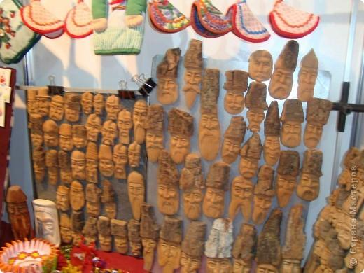 """25-27 февраля 2011 года в Киеве прошла III Международная выставка-ярмарка """"Золотые руки мастеров"""" и I Международный салон """"Модная кукла"""". Предлагаю Вам посмотреть некоторые работы, представленные на выставке.  фото 72"""