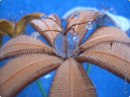 Лилии в технике ганутель.  фото 2