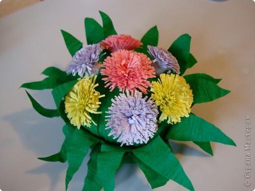 Такие цветочки сделали с дочкой для украшения дома к 8 марта.  фото 14
