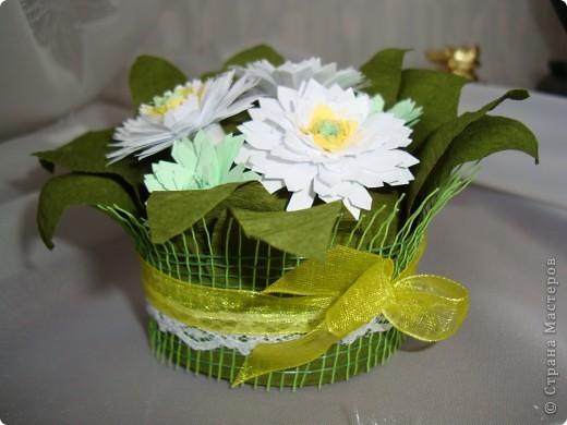 Такие цветочки сделали с дочкой для украшения дома к 8 марта.  фото 16