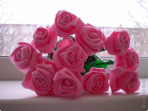 Розы из хозяйственных салфеток в подарок мамам моих дошколят фото 2