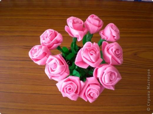 Розы из хозяйственных салфеток в подарок мамам моих дошколят фото 1