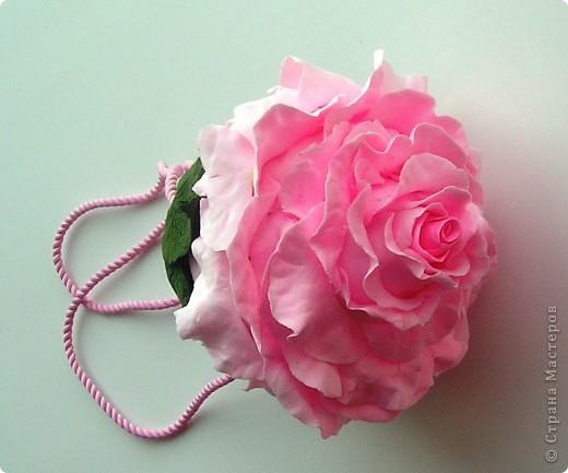 Вдохновившись творчеством  Кathleen Dustin и влюбившись в ее необыкновенные сумки из полимерной глины  решила попробовать сама. Может быть кто-то еще вдохновится идеей создания сумочки из полимерной глины? Вполне милый подарок к 8 Марта.  Рекомендую. фото 2