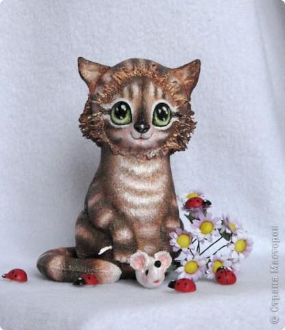 Вот какая хитрюжечка у меня получилась))) Думаю, мышку  она так и не подарит мышку, что-то придумает)))  фото 5