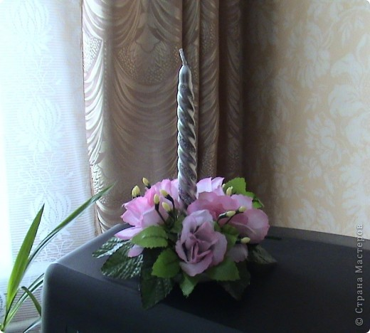 Несколько панно из роз и свеча с розами фото 6