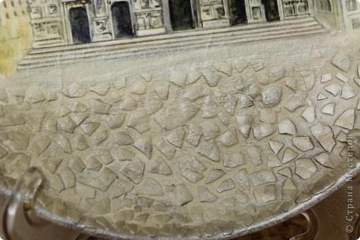 Вот такое чудо :) Кафедральный собор в Милане (Собор Дуомо) ЭТО продолжение нашей серии:) Было еще две Тарелка МЕчта на ней изображение Моста Риальто http://stranamasterov.ru/node/121703 и еще вот здесь Церковь Санта-Марии делла Салюте http://stranamasterov.ru/node/120570  фото 5