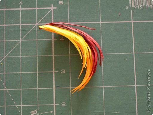 Вот такую птицу -жар мы сделали на курсах.Идея принадлежит нашему руководителю Гринько Ларисе Анатольевне.Я думаю,что это хороший подарок себе на  8 марта.Размер 30 на 45 см. фото 7