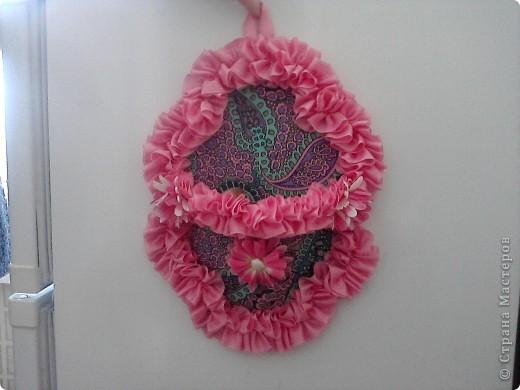 Основа лаптей - картон, обтянутый тканью (фиксируется на клей ПВА). Карман пришивается нитками + клей. Дальше декорирование лаптей цветами из ткани, атласной лентой и др. материалами. фото 7