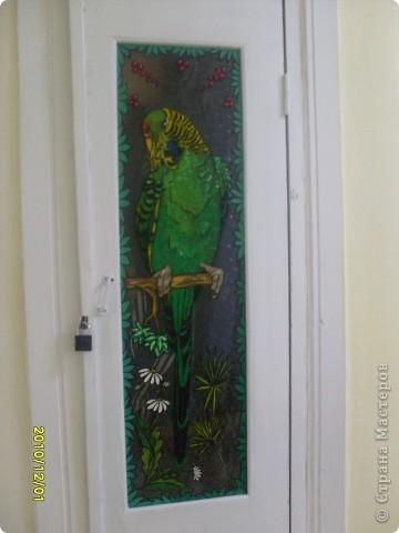 Роспись стекла, попытались украсить двери подсобок с детьми, по-моему у нас получилось! фото 1