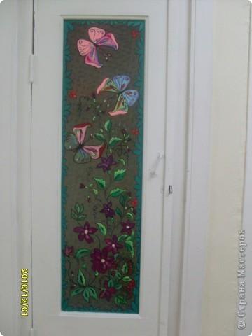 Роспись стекла, попытались украсить двери подсобок с детьми, по-моему у нас получилось! фото 4