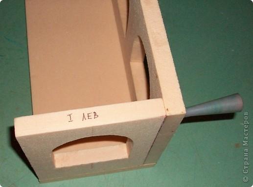 Вот еще такой маленький домик удалось смастерить в детский садик. Основной материал - это пенополистирол. фото 7