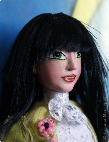 Вот наконец-то у меня поселилась куколка Марийки Андриенко))) Знакомьтесь - Элина))). Девушка с характером и большими зелеными глазами. фото 5