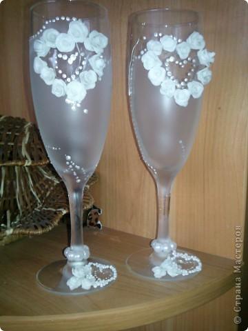 """Это мои 1е бокалы,еще на ножке ленточка будет.... Старалась... Судите сами!!! Валентина Мартычева спасибо за помощь в названии!!!!!! """"НЕЖНОСТЬ""""!!!! фото 2"""
