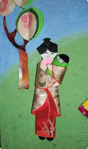 """Большое СПАСИБО Татьяне Просняковой за МК """"Оригами из кругов"""". Очень понравилось ее панно """"Мамам всей Земли"""" (http://stranamasterov.ru/node/56403), поэтому мне тоже захотелось сделать это панно в детский сад ко дню 8 Марта.  фото 2"""
