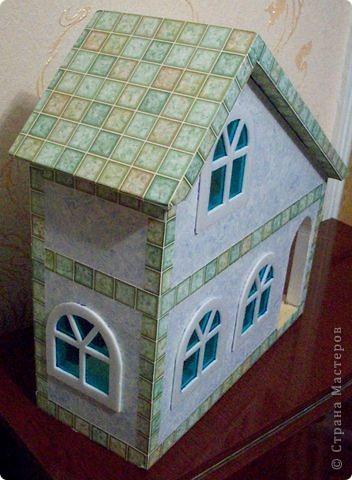 Вот еще такой маленький домик удалось смастерить в детский садик. Основной материал - это пенополистирол. фото 33