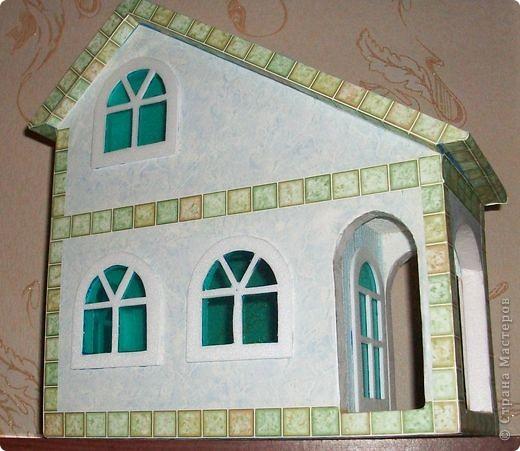 Вот еще такой маленький домик удалось смастерить в детский садик. Основной материал - это пенополистирол. фото 41