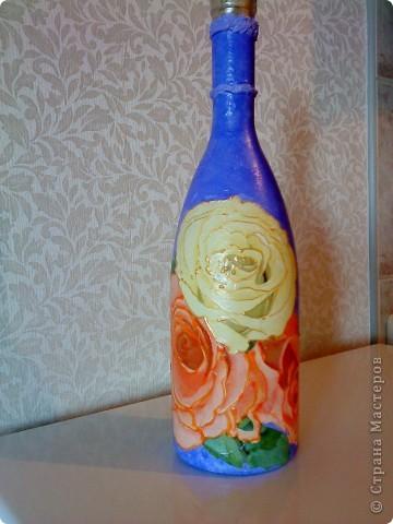 Бутылки с прямым и обратным декупажем фото 1