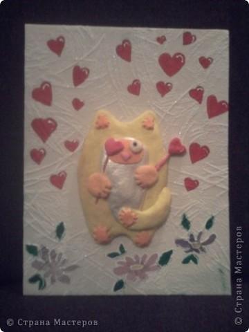Кот с сердечками