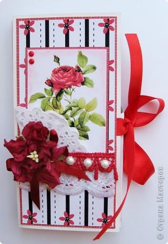 Погналась за двумя зайцами. Догнала и одного, и второго )))) Хотелось сделать и открытку, и упаковку для шоколада. Вот мой вариант. фото 5