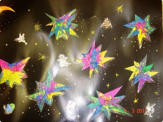 """Вот так мы с помощью нашего сайта раскрыли тему """"Космос""""... Это панно (формат А2) я рисовала в качестве образца для детей, используя мастер класс мастерицы Наталия-54. Огромное ей спасибо за идею! А вот, что получилось у детей...  фото 15"""