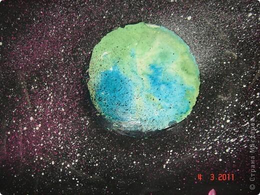 """Вот так мы с помощью нашего сайта раскрыли тему """"Космос""""... Это панно (формат А2) я рисовала в качестве образца для детей, используя мастер класс мастерицы Наталия-54. Огромное ей спасибо за идею! А вот, что получилось у детей...  фото 6"""