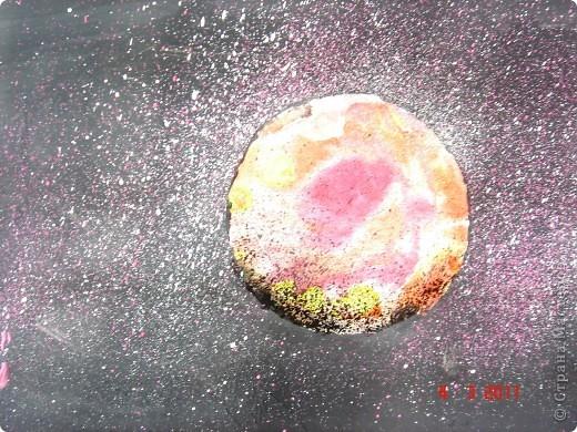 """Вот так мы с помощью нашего сайта раскрыли тему """"Космос""""... Это панно (формат А2) я рисовала в качестве образца для детей, используя мастер класс мастерицы Наталия-54. Огромное ей спасибо за идею! А вот, что получилось у детей...  фото 7"""