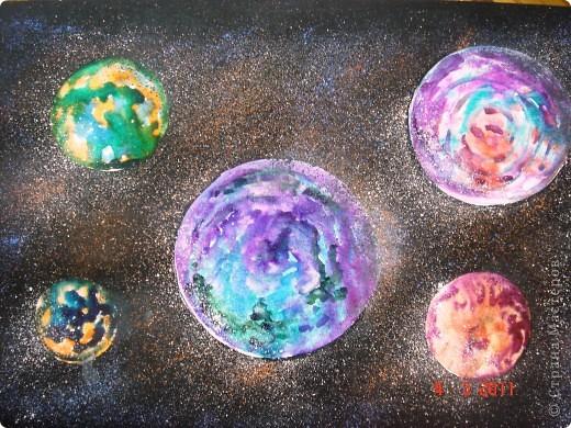 """Вот так мы с помощью нашего сайта раскрыли тему """"Космос""""... Это панно (формат А2) я рисовала в качестве образца для детей, используя мастер класс мастерицы Наталия-54. Огромное ей спасибо за идею! А вот, что получилось у детей...  фото 1"""
