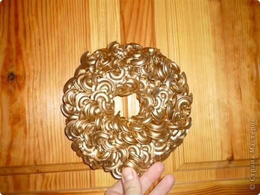 вот такие шары из макарон на елке фото 2