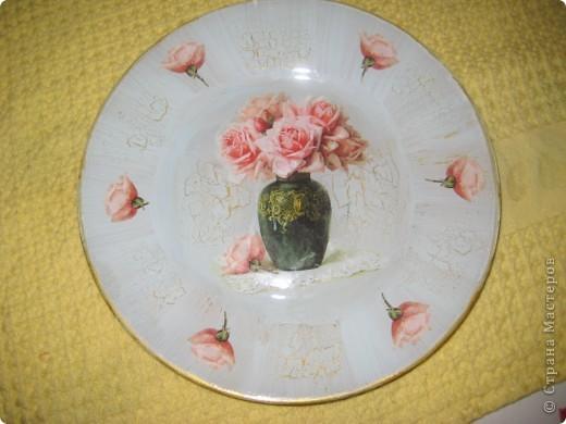 Тарелка, обратный декупаж фото 1