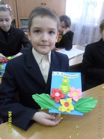 Вот такие открыточки  ребята делали своим мамам. фото 4