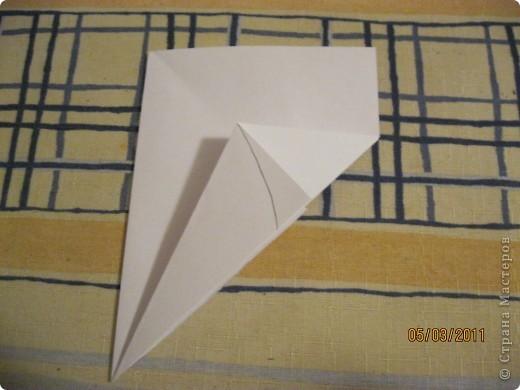 Вот такой трансформер - не трансформер у меня получился!.. От этого МК : http://stranamasterov.ru/node/133940#comment-1257193 , у меня осталось очень много неполучившихся деталек. И покрутив её в руках, я изобрела трансформер. фото 9