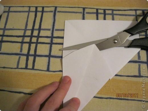 Вот такой трансформер - не трансформер у меня получился!.. От этого МК : http://stranamasterov.ru/node/133940#comment-1257193 , у меня осталось очень много неполучившихся деталек. И покрутив её в руках, я изобрела трансформер. фото 13