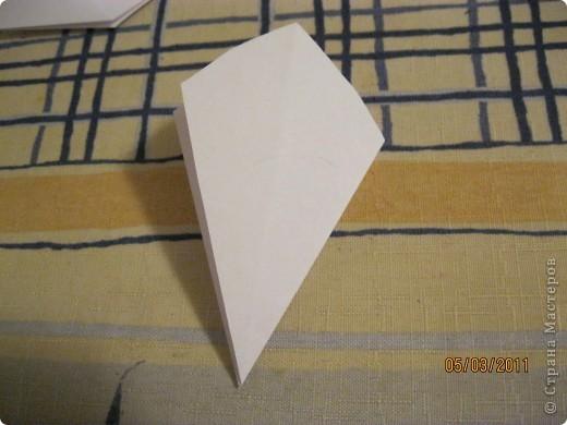 Вот такой трансформер - не трансформер у меня получился!.. От этого МК : http://stranamasterov.ru/node/133940#comment-1257193 , у меня осталось очень много неполучившихся деталек. И покрутив её в руках, я изобрела трансформер. фото 14
