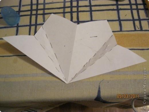 Вот такой трансформер - не трансформер у меня получился!.. От этого МК : http://stranamasterov.ru/node/133940#comment-1257193 , у меня осталось очень много неполучившихся деталек. И покрутив её в руках, я изобрела трансформер. фото 21
