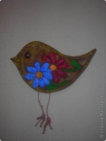 Птица с цветами фото 1