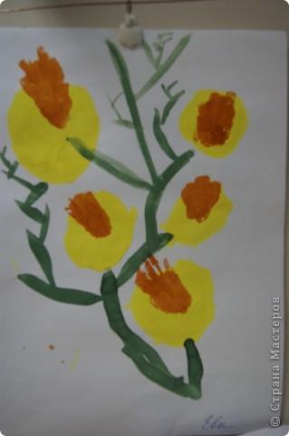 так мы учились рисовать букет маме,работы детей5 лет. фото 5