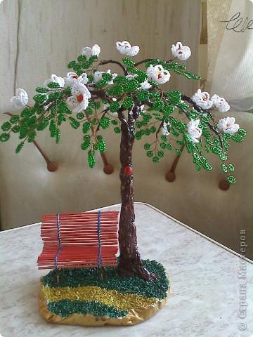 Вот такое дерево выросло у меня к 8 марта. Название не придумала. фото 6