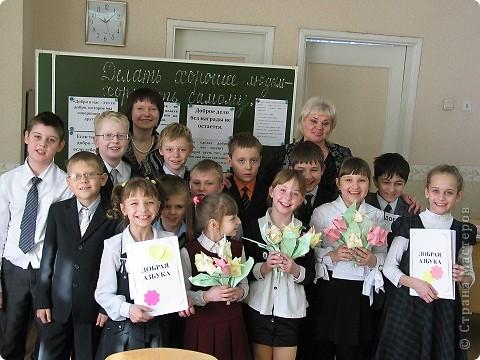День Доброты 3 марта. Это наши добрые тюльпаны - подарки для мамочек.  фото 1