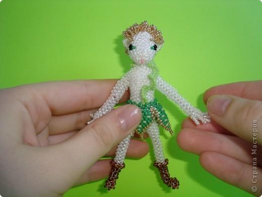 """Это моя первая """"самостоятельная"""" игрушка. Думала, сделать эльфа, но сестра сказала, что он похож на Питера Пэна из фильма 2003 г. Недочеты в работе вижу, но в общем результатом довольна! Буду совершенствоваться! фото 3"""