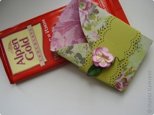 У любого рукодельного хобби есть большой плюс - всегда можно нарукодельничать какой-нибудь подарок. Хочу поделиться идеями около скраповых подарков. Первый - это баночки для чая. фото 10