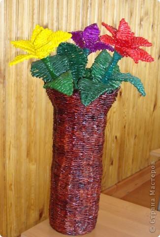 Напольная корзина с цветами