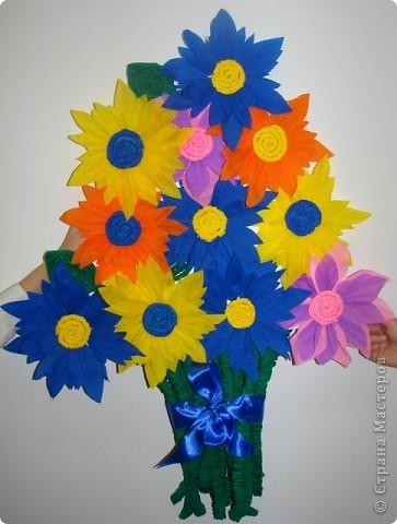 Наши цветы в подарок милым девочкам и женщинам. А идейку взяли здесь http://stranamasterov.ru/node/55477?c=favorite  фото 1